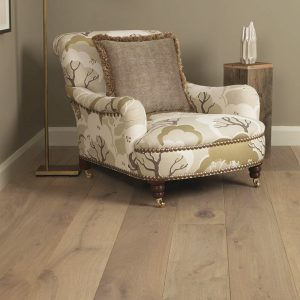 cannock-chase-room-wooden-flooring