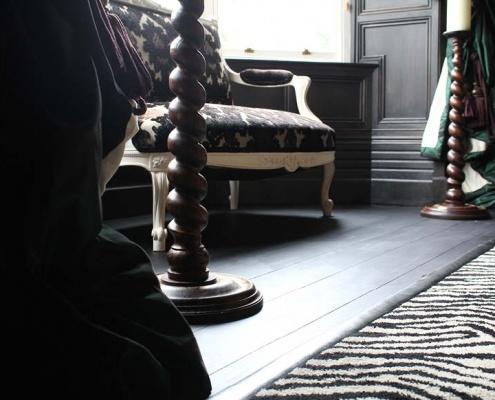 Swettenham Hall black stain natural lacquer rug