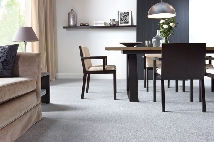 deacon-jones-casino-royale-carpet